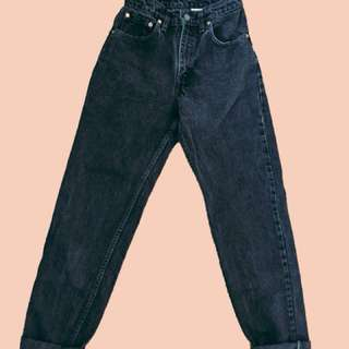 Levis 550 black mom jeans