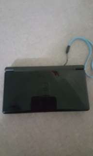 Nintendo ds lite with charger include super mario games