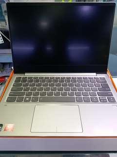 Lenovo ideapad 720S (NEW)