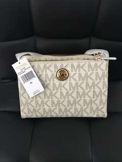 Michael Kora Fulton Sling bag