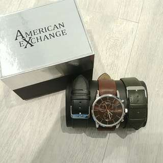 Men's watch with 3 changeable leather straps