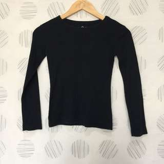 OLD NAVY BLACK SWEATER 8