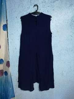 Dark blue flowy long top with slits