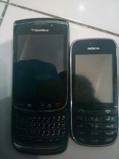 Blackberry Torch 9800 black & Nokia touchscreen qwerty
