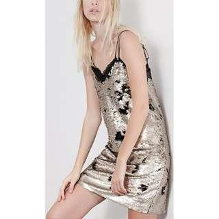 Sequin dress stradivarius