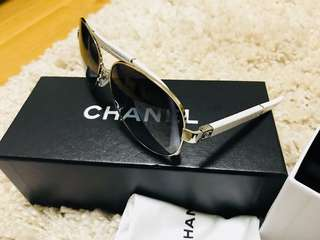 GENUINE CHANEL aviator sunglasses