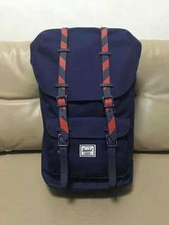 Herschel Backpack (23.5L)