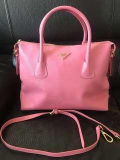 (換可送) Prada 粉紅大袋