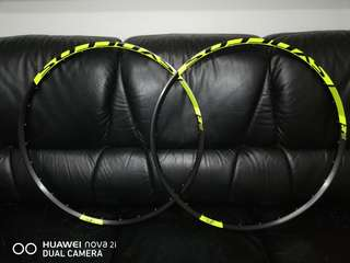 """🚚 SYNCROS XR2.0 made by: DT Swiss 29er"""" tubeless ready 28holes rim dimension 622x20mm 1,200 pair"""