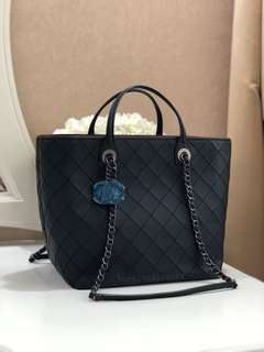 (SOLD) Brand New Unworn Chanel Classic Quilted Tote with Top Handles Black and Burgundy Calf/Lamb RHW