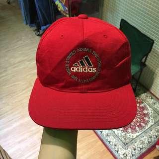 Adidas 後扣帽