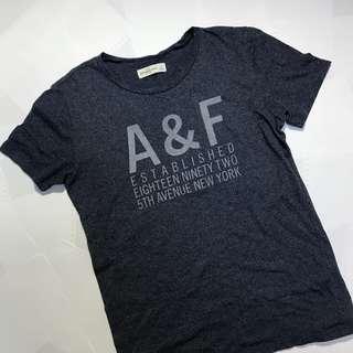 🚚 A&f上衣