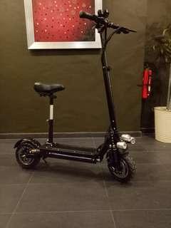 Dual motor dual suspension escooter ultron 3
