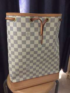 Louis Vuitton Vestiaire Bag