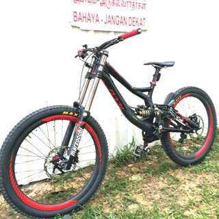 26er Specialized Demo 8 II Downhill Mountain Bike