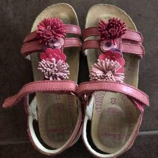 Pre❤️ Clarks Girl Sandal