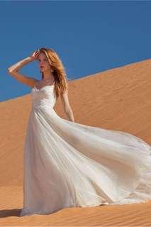 輕婚紗/pre wedding 婚紗/註冊婚紗 上身蕾絲露背婚紗