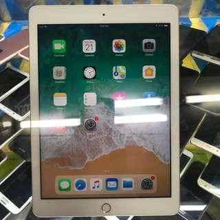 ORIGINAL iPad 5TH GEN 32gb WIFI ONLY