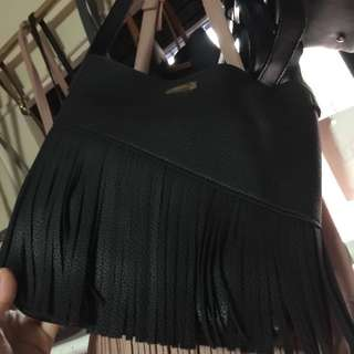 •brandnew• Black Korean Style Sling Bag with Pouch