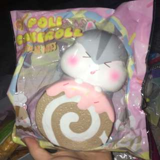 Jumbo chocolate cakeroll poli squishy