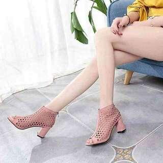 #002 Heels