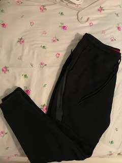 Nike tech fleece pants black