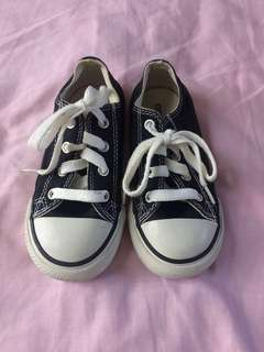 Original Converse shoes - used/preloved