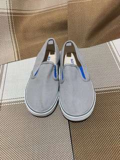 Old navy slip on shoes - new w/out tag