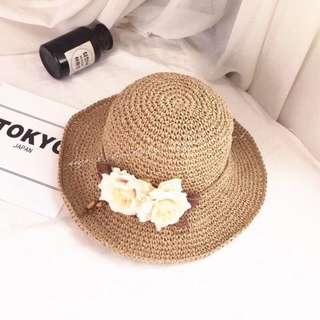 🚚 花朵編織草帽