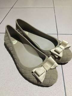Authentic mel beige flocked with ribbon flats