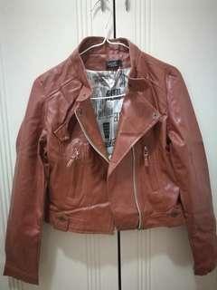 皮褸 leather jacket