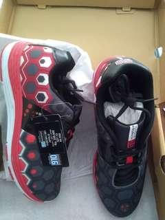 Size 41 & 42 newww