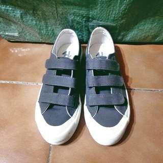 🚚 👟SPAO灰色帆布休閒鞋