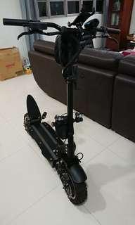 Ultron Ultra 60V 2400W 30.5Ah