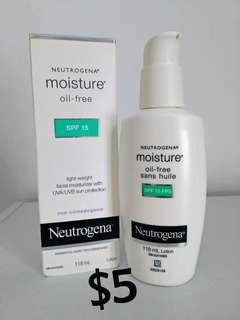 Neutrogena Oil-Free SPF 15 Moisturizer