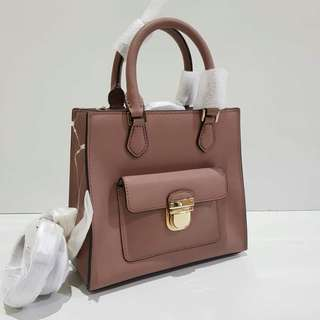 Michael Kors Bridgette Small sz 20.5x18