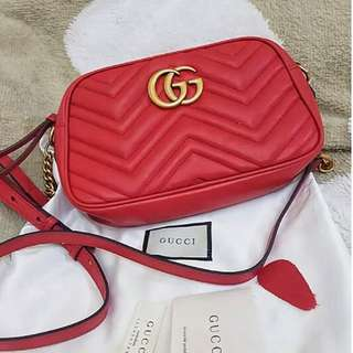 100% Authentic GUCCI Marmont Matelassé leather Small quilted leather cross-body bag RED