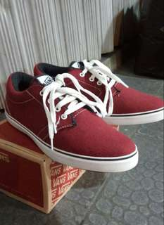 Vans authentic for man good Quality