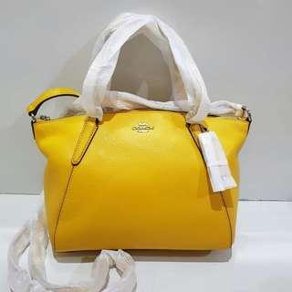 Coach Mini Kelsey sz 17/25x21 in Yellow