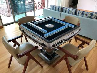 Automatic mahjong table foldable with remote