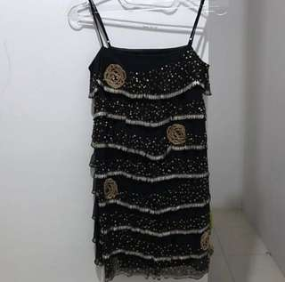 Dress pesta manik
