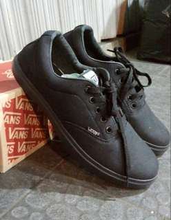 Vans authentic full black for man