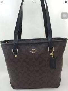 NWT coach zip top tote in signature brown f58294
