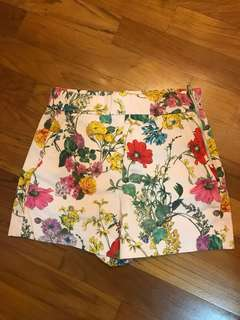 Authentic Zara floral summer shorts