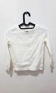 Sweater Putih anak