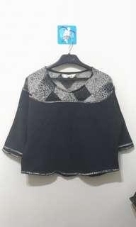 🚚 韓版鏤空厚棉上衣