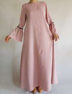 Basic Embroidered Jubah Dusty Pink