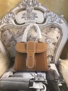 Delvaux Briliant
