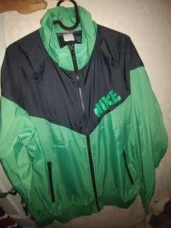 Jacket WINDRUNNER NIKE black Green legits Rare 100%