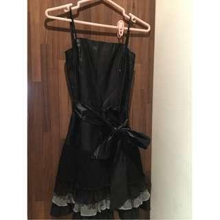 MOMA 黑色小禮服